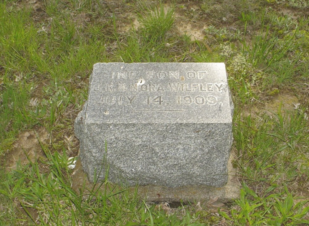 Infant Son Wilfley Headstone Photo, Central Christian Church Cemetery, Callaway County genealogy