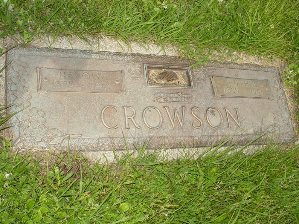 Harold Crowson and Ruth B. Hook Headstone Photo, Central Christian Church Cemetery, Callaway County genealogy