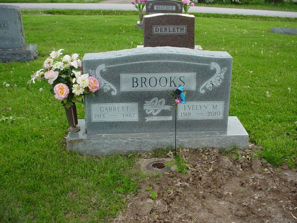 Garrett Brooks & Evelyn McCarty Headstone Photo, Hams Prairie Christian Cemetery, Callaway County genealogy