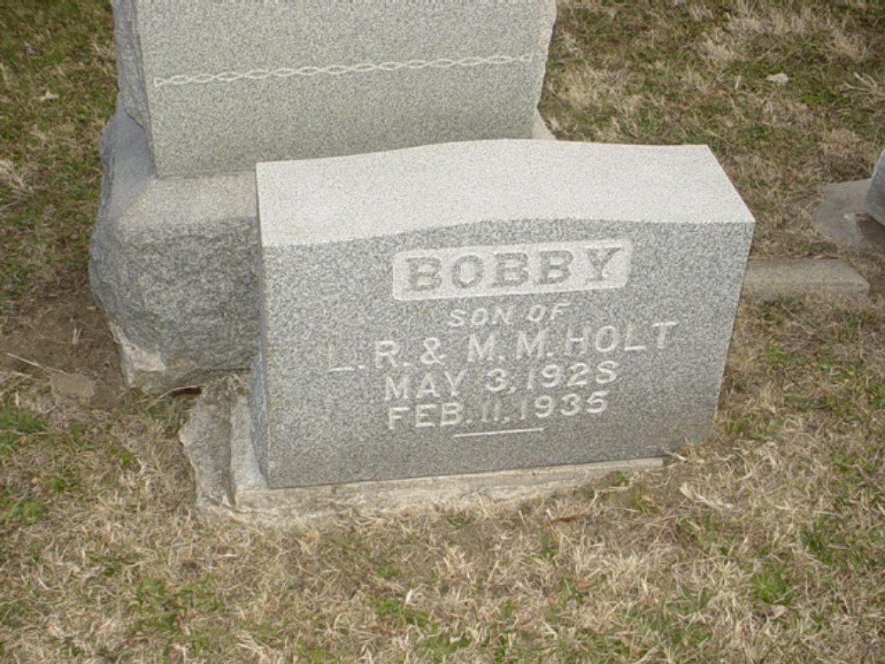 Robert R. Holt Headstone Photo, Hillcrest Cemetery, Callaway County genealogy
