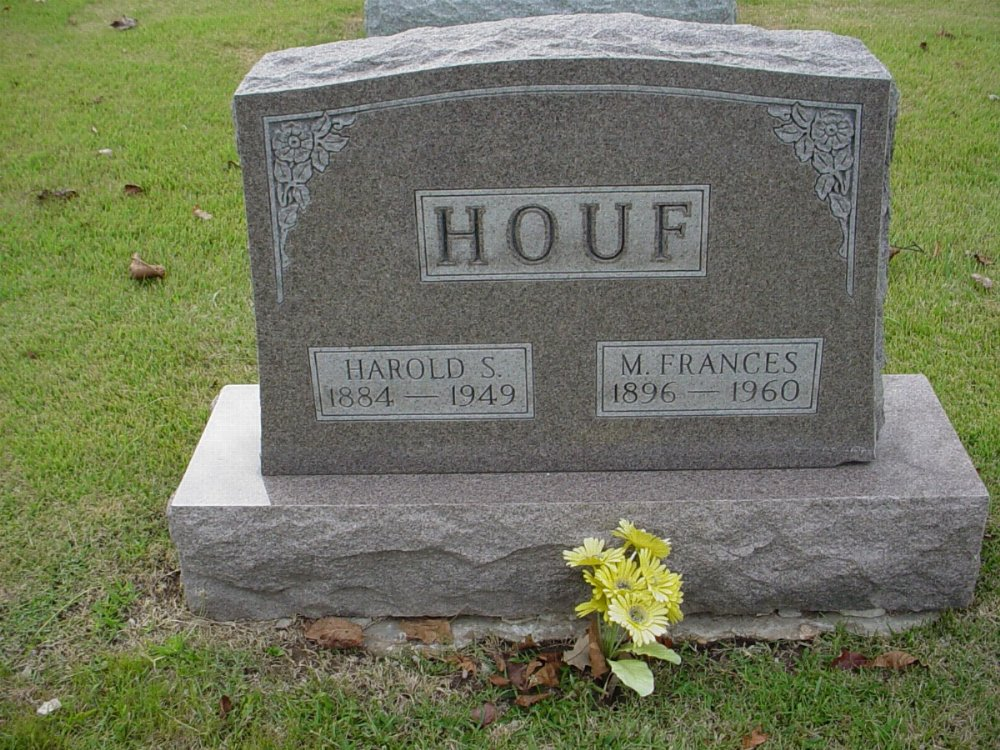 Harold S. Houf and Mary Frances Layson Headstone Photo, Hillcrest Cemetery, Callaway County genealogy