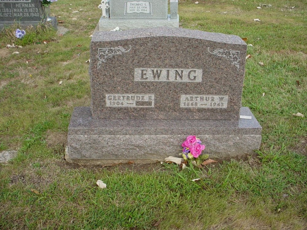 Arthur W. & Gertrude Ewing Headstone Photo, Hillcrest Cemetery, Callaway County genealogy