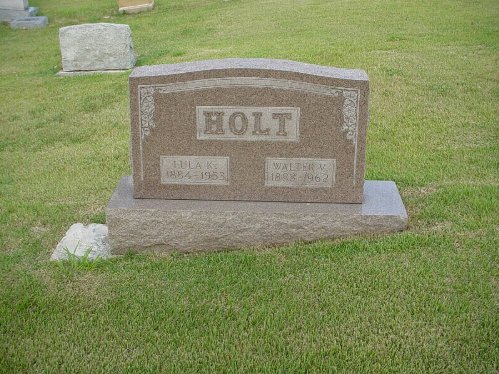 Walter Holt and Lula Clatterbuck Headstone Photo, Hillcrest Cemetery, Callaway County genealogy