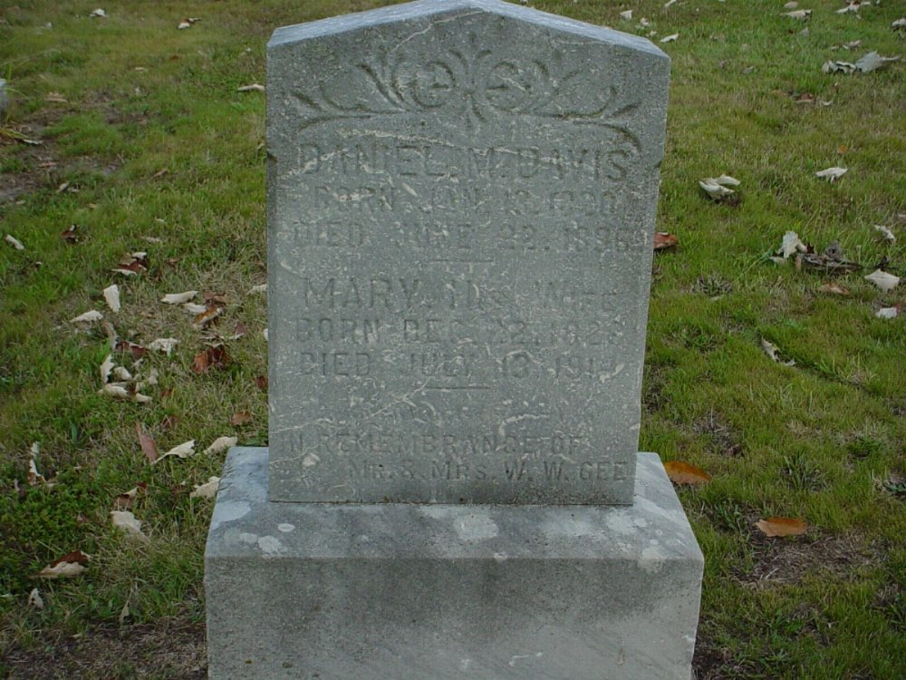 Daniel M. and Mary Davis Headstone Photo, Hillcrest Cemetery, Callaway County genealogy