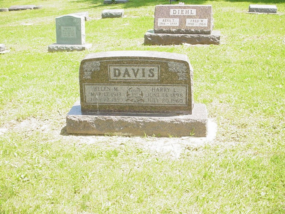Harry & Helen Davis Headstone Photo, Hillcrest Cemetery, Callaway County genealogy
