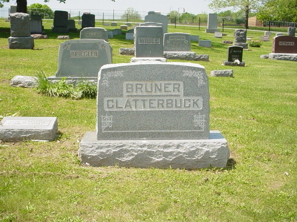 Clatterbuck & Bruner family Headstone Photo, Hillcrest Cemetery, Callaway County genealogy