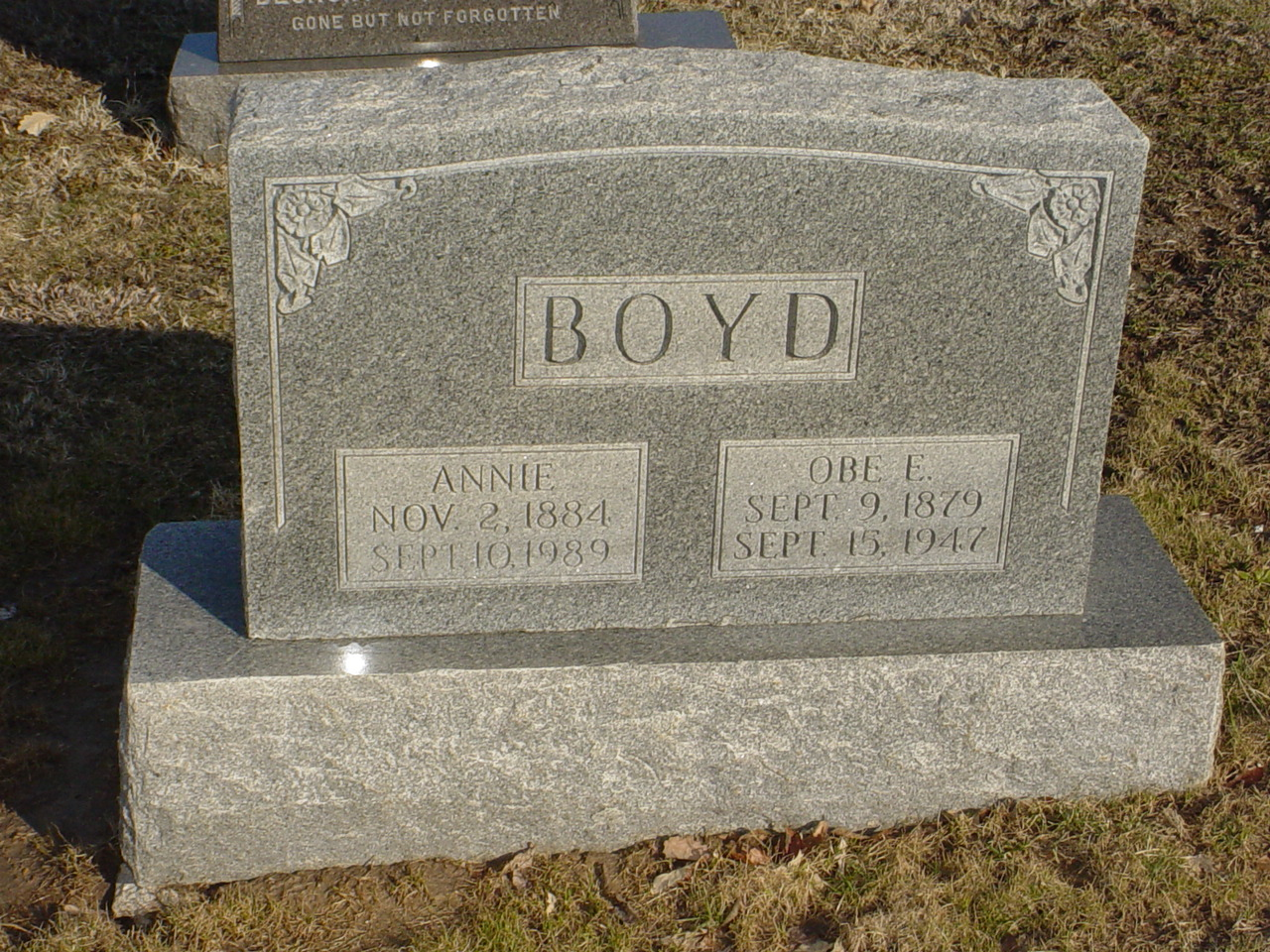 Obe Boyd and Annie McCleary Headstone Photo, Hillcrest Cemetery, Callaway County genealogy
