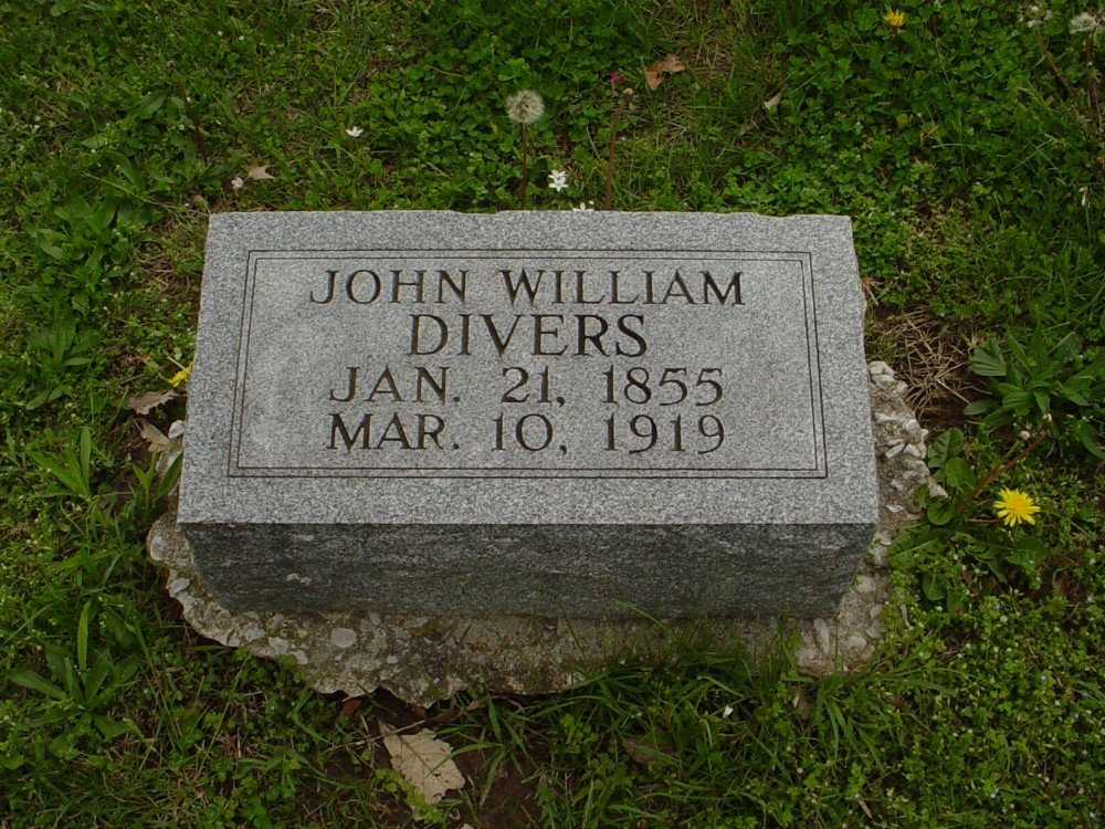 John William Divers Headstone Photo, Hillcrest Cemetery, Callaway County genealogy