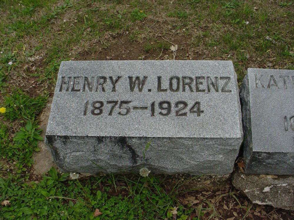 Henry W. Lorenz Headstone Photo, Hillcrest Cemetery, Callaway County genealogy