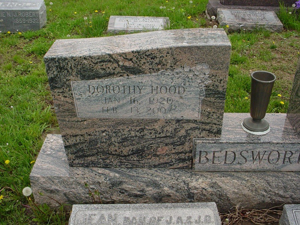 Dorothy Evelyn Hood Bedsworth Headstone Photo, Hillcrest Cemetery, Callaway County genealogy