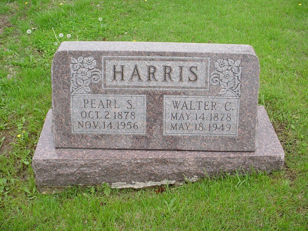 Walter C. Harris & Pearle Smith Headstone Photo, Hillcrest Cemetery, Callaway County genealogy
