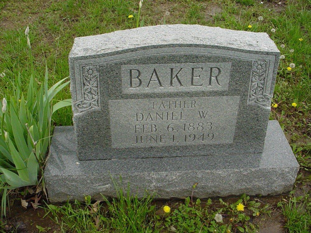 Daniel W. Baker Headstone Photo, Hillcrest Cemetery, Callaway County genealogy