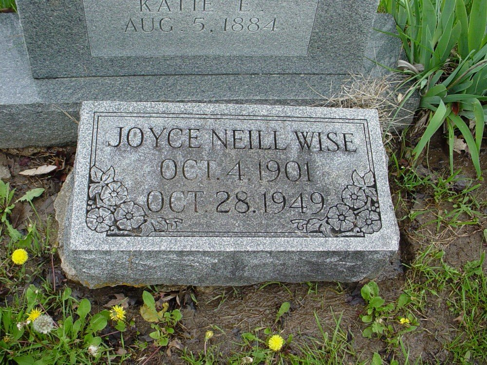 Joyce Neill Wise Headstone Photo, Hillcrest Cemetery, Callaway County genealogy