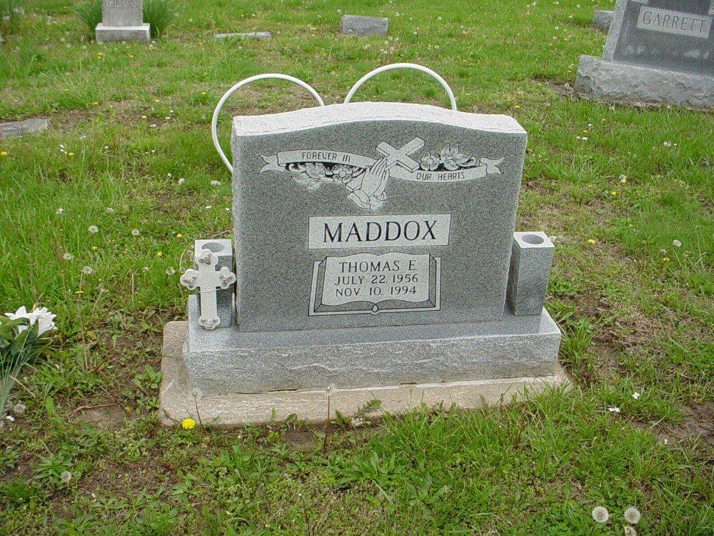 Thomas E. Maddox Headstone Photo, Hillcrest Cemetery, Callaway County genealogy