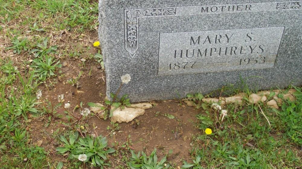Mary McCarroll Humphreys Headstone Photo, Hillcrest Cemetery, Callaway County genealogy