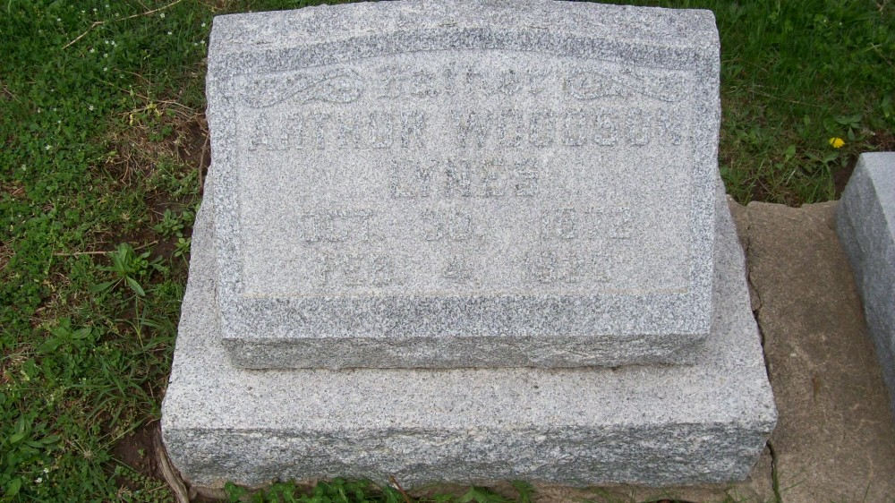 Arthur Woodson Lynes Headstone Photo, Hillcrest Cemetery, Callaway County genealogy
