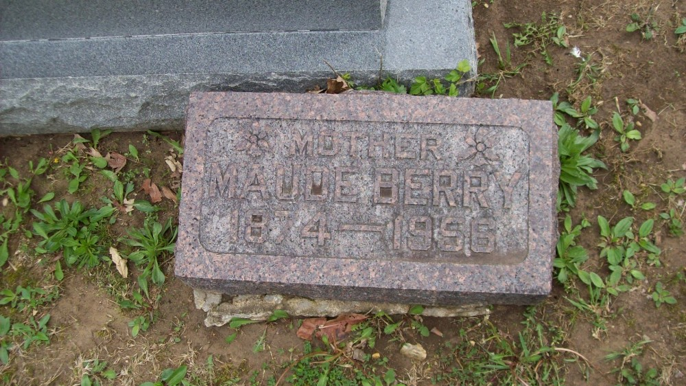 Maude Cameron Berry Headstone Photo, Hillcrest Cemetery, Callaway County genealogy