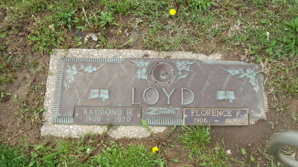 Raymond & Florence Loyd Headstone Photo, Hillcrest Cemetery, Callaway County genealogy