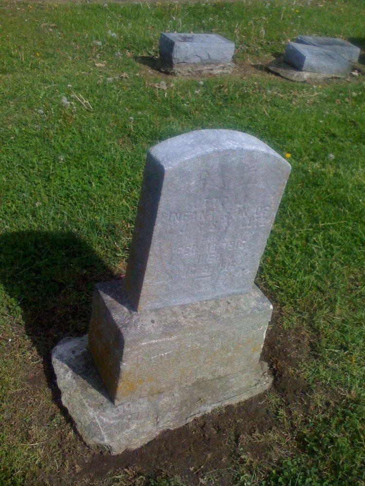 Otto J. Lutz Jr. Headstone Photo, Hillcrest Cemetery, Callaway County genealogy
